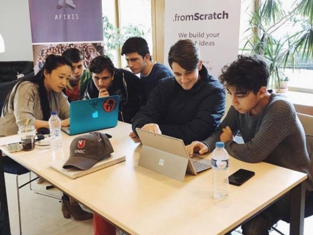Στην 3η θέση του Afixis Hackathon οι μαθητές του ΙΒ