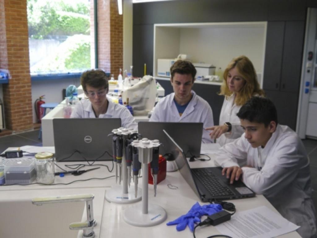 Καλοκαίρι με Βιοτεχνολογία στο ACT