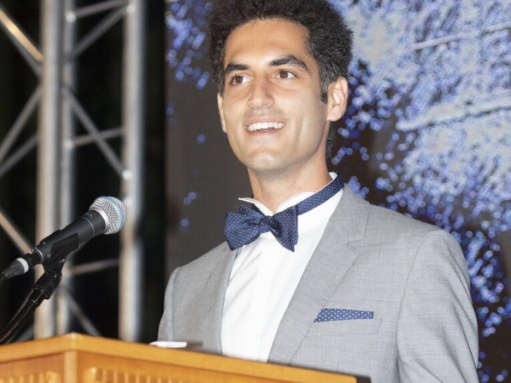 Δρ Γιάννης Ασσαέλ '08: Εντυπώσεις από την Τελετή Αποφοίτησης του High School 2020