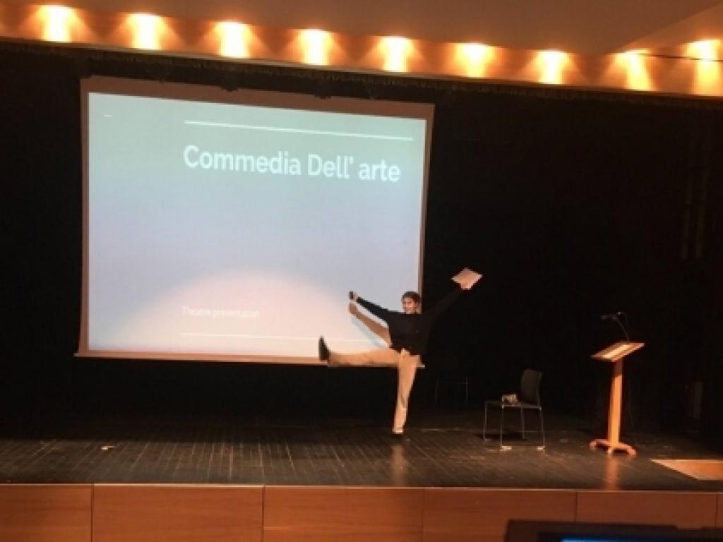 «Παράθυρο» στο Θέατρο μέσα από το ΙΒ Diploma Programme